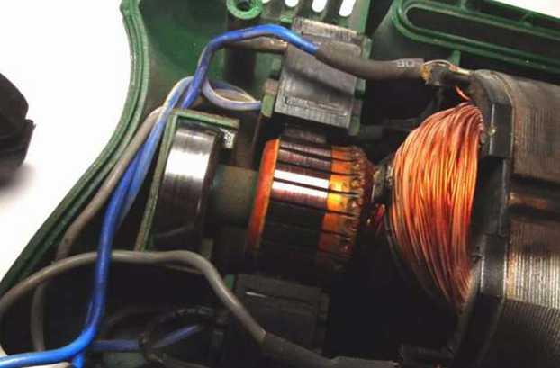 дрель ремонт щетки
